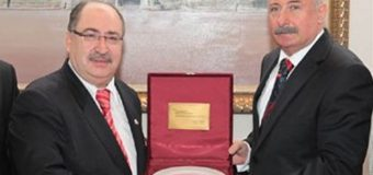 Kamu-Der Başkanı Baştuğ'dan Ankara Valisi'ni Ziyaret