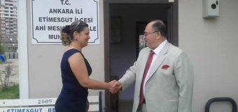 Cevdet Baştuğ Ahimesgut mahalle muhtarı Aynur Çankaçı'yı ziyaret etti