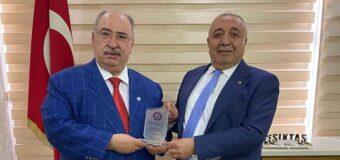 Kamu-Der Genel Başkanımız Cevdet BAŞTUĞ, Batman Ticaret ve Borsa odası Başkanı Arif GÜNEŞ'i makamında ziyaret etti.